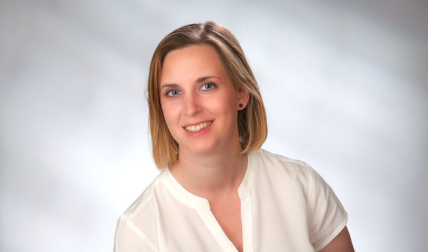 Dr. Johanna Hoetschl-Marston